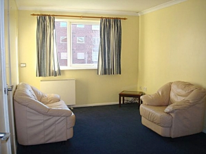 1 bedroom Flat, Huxley Close, UB5 , Northolt